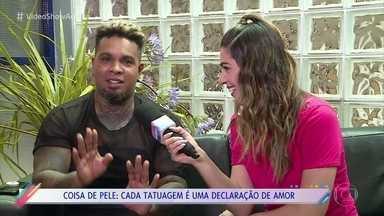 Rodriguinho fala sobre sua paixão por tatuagens - Cantor mostra as várias pinturas que tem pelo corpo