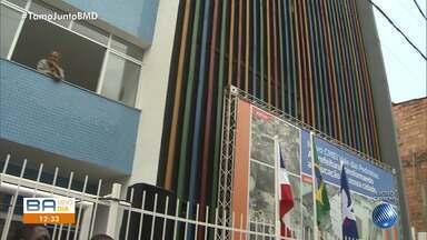 Prefeitura inaugura creche infantil no bairro do Vale das Pedrinhas, em Salvador - O local começará a funcionar a partir do próximo ano e terá oito salas de aula, sala multiuso, descanso e uma brinquedoteca.