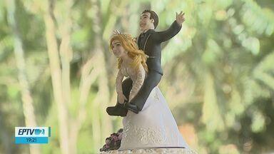 Mercado do casamento muda e noivos preferem cerimônias menores - A opção tem sido por festas mais aconchegantes e ao ar livre.