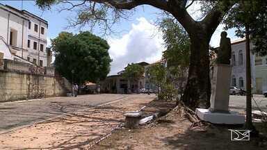 Praças estão abandonadas em São Luís - Nos locais onde o poder público faz a sua parte, a população acaba destruindo o patrimônio público.