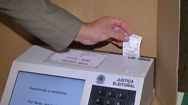Eleitores vão a grandes colégios eleitorais de Mogi e Suzano - Em Suzano é a Escola Batista Renzi e em Mogi a Escola Galdino Pinheiro Franco.