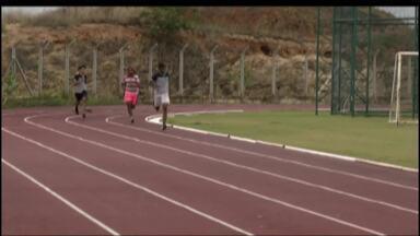 Governador Valadares sedia jogos estudantis até o mês de dezembro - Competição iniciou com provas de atletismo.