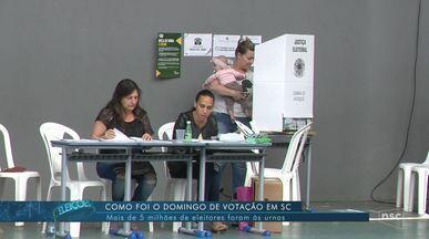 Em SC, mais de 5 mil eleitores foram às urnas neste domingo (28) - Em SC, mais de 5 mil eleitores foram às urnas neste domingo (28)