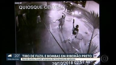 Bando tenta roubar transportadora de valores e leva terror a Ribeirão Preto - A PM reagiu, um suspeito morreu e dois foram presos. Moradores da cidade gravaram a ação da quadrilha
