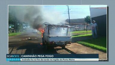 Caminhão pega fogo em Foz - Incêndio foi na região do Porto Meira.