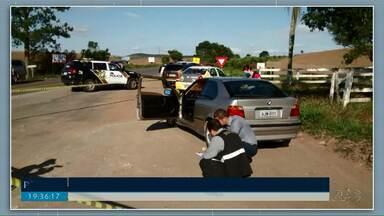 Tenente-Coronel aposentado da PM é encontrado morto com tiros na cabeça, em PG - O corpo estava em um carro na região do Botuquara.