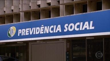 Proposta de reforma da previdência está pronta para ser votada na Câmara - Projeto do governo Temer foi discutido longamente, mas ainda depende de negociação política. Emissários do governo Bolsonaro já estão envolvidos na discussão.