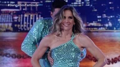 Mariana Ferrão e Ricardo Espeschit se apresentam no zouk - Dupla arrasa no palco e arranca aplausos