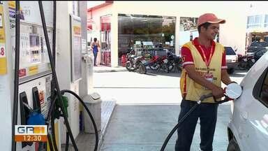 Petrobras anuncia aumento no preço do botijão de gás e redução no preço da gasolinan - Presidente do Sindicombustíveis explicou sobre a variação no preço da gasolina.