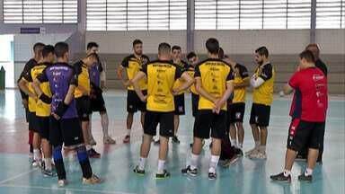 Mogi Futsal define a classificação contra o Hortolândia nesta segunda - Equipe mogiana precisa de um empate para avançar à próxima fase da Copa Paulista. Jogo acontece às 20h, no ginásio do Botujuru.