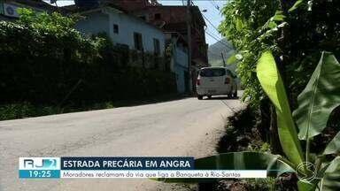 Condições precárias de estrada no bairro Banqueta é alvo de reclamação pelos moradores - Problema piorou depois da construção de um conjunto habitacional.