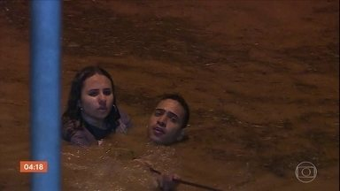 Temporal causa inundações e alagamentos em Belo Horizonte (MG) - Três pessoas morreram. Foram mais de oito horas de chuva. As regiões da Pampulha e de venda nova tiveram os maiores volumes registrados.
