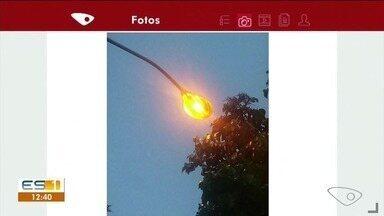 Moradores de Cachoeiro de Itapemirim reclamam de iluminação errada em postes - Luzes ficam acesas em horários errados.