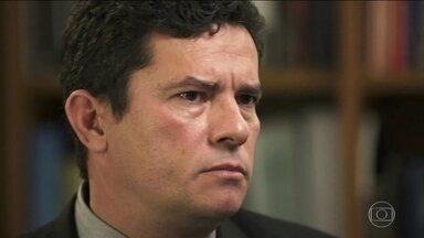 Sérgio Moro antecipou pedido para deixar de ser juiz - Exoneração deve ser publicada na segunda-feira. O futuro ministro da Justiça e Segurança Pública poderá ocupar um cargo na transição de governo.