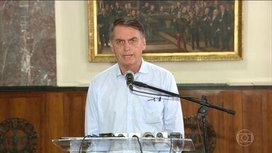 Jair Bolsonaro volta a criticar o programa Mais Médicos - O presidente eleito questionou a qualificação dos profissionais cubanos.