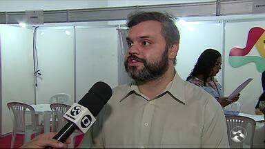 Feirão da Empregabilidade é realizado em Caruaru - Feirão é voltado para jovem aprendiz e pessoas com deficiência.