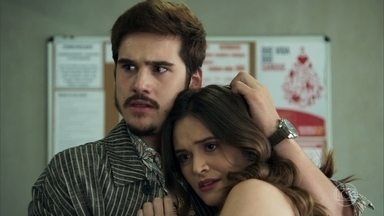 Marocas diz para Samuca que Emílio tentou matá-la - Emílio dá entrada o hospital