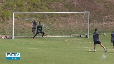 Vitória tem mudanças para jogo decisivo contra o Cruzeiro, na quarta-feira (21) - Time baiano tenta fugir do rebaixamento no Campeonato Brasileiro.