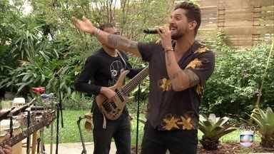 Banda Eva canta 'Simplesmente' - A banda aumenta a energia da manhâ do 'É de Casa'