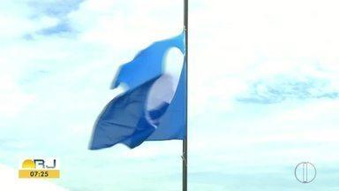 Praia do Peró, em Cabo Frio, recebe certificação internacional do 'Bandeira Azul' - Assista a seguir.
