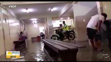 Posto de Saúde da Cabanagem alaga após forte chuva na noite de terça-feira, em Belém - Atendimento foi suspenso
