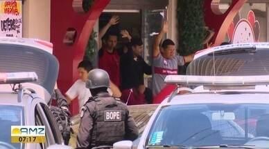 Justiça determina prisão preventiva de grupo que fez 40 reféns em supermercado no AP - Cinco acusados tiveram sentença decretada após audiência de custódia nesta terça-feira (27).