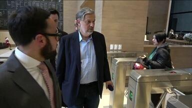 Palocci fecha segundo acordo de delação premiada - Ex-ministro fechou acordo com a Polícia Federal, de Brasília. Negociação foi homologada pelo STF