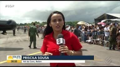 A Força Aérea abriu as portas para população neste final de semana - As atrações levaram uma multidão até a base da força aérea.