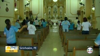 Nossa Senhora da Conceição ganha homenagens na Zona da Mata - Em Sirinhaém, fé toma conta de religiosos na semana que antecede o dia da santa, celebrado em 8 de dezembro.