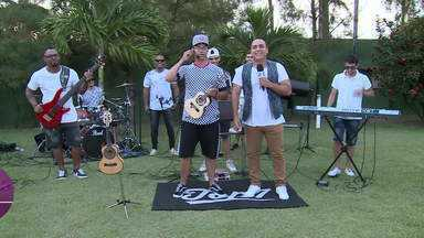 Grupo TOP 7 fala sobre repertório nos shows - Menilson Filho bateu um papo com os integrantes da banda