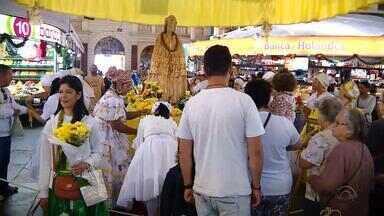 Mercado Público de Porto Alegre recebe homenagem a Mãe Oxum - Assista ao vídeo.