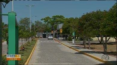 Estudante de medicina encontrado morto no Paraguai será enterrado em Caruaru - Autópsia constatou que a causa da morte foi um ataque cardíaco. Corpo do pernambucano chegou a cidade na madrugada deste sábado (8).