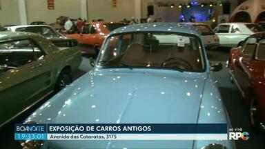 Exposição de carros antigos termina amanhã em Foz - O evento também traz outras atrações