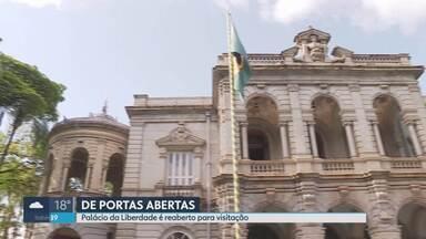 Palácio da Liberdade é reaberto para visitação pública - A sede histórica do governo do estado, na Praça da Liberdade, estava fechada há quase três anos para restaurações e obras solicitadas pelo corpo de bombeiros.