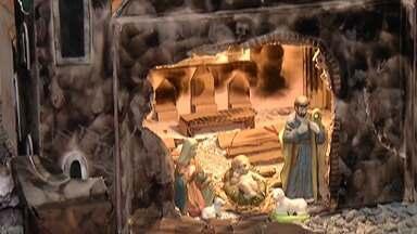 Exposição de presépios é atração em Guararema - Cidade recebe turistas por conta do 'Cidade Natal'.