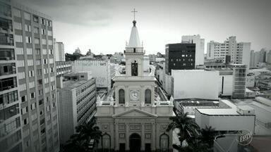 Ataque na Catedral de Campinas: Veja imagens e linha do tempo do crime - Quatro homens foram atingidos por Euler Fernando Grandolpho, na terça-feira (11). Atirador sentou no banco da igreja e, ao final, disparou cerca de 20 tiros.