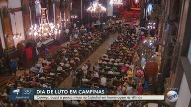 Catedral de Campinas celebra missa em homenagem às vítimas do ataque do atirador - Euler Fernando Grandolpho feriu oito pessoas a tiros na Catedral de Campinas (SP). Quatro morreram e quatro ficaram feridas.