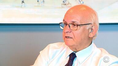 Presidente do Grêmio, Romildo Bolzan Jr. fala fala sobre negociações para 2019 - Assista ao vídeo.
