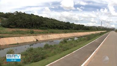 Prefeitura entrega obra de escoamento na Av.Tamburugy, em Salvador - Além da obra, foi entregue recapeamento do asfalto, piso tátil, iluminação e ciclovia.