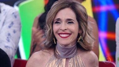 Deborah Evelyn fala da experiência de participar do 'Dança dos Famosos' - Ela ressalta a parceria com Rodrigo Oliveira e o ótimo clima nos bastidores