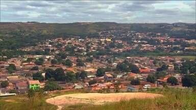 MP e PF prendem cinco PMs suspeitos de integrar grupo de extermínio, em Caldas Novas (GO) - Entre os presos está o Coronel Carlos Eduardo Beleli. Ele foi comandante da PM na cidade, mas se afastou para concorrer ao cargo de deputado estadual pelo PR.