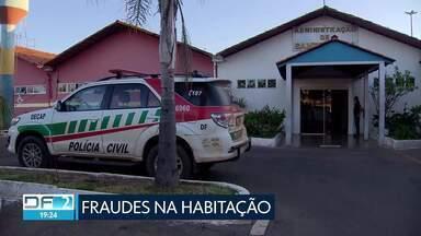 Polícia prende suspeitos de fraudes em programas habitacionais - Veja essa e outras imagens da sexta-feira.