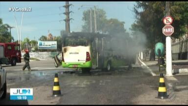 Frota de ônibus em Belém apresenta frequentes falhas mecânicas - Os problemas chegam a causar sustos em passageiros.