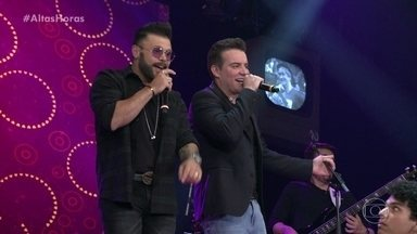 Marcos & Belutti cantam 'Aquele 1%' - Dupla levanta a plateia com um de seus grandes sucessos