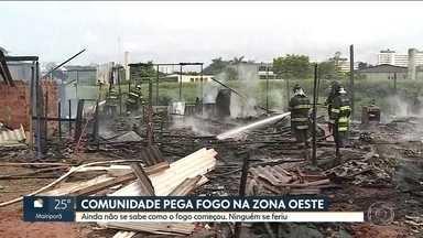Barracos pegam fogo em comunidade do Jaguaré, na Zona Oeste de SP - Os bombeiros chegaram logo e apagaram as chamas rapidamente. Mas alguns moradores perderam as casas. Ninguém se feriu. Ainda não se sabe como o fogo começou.