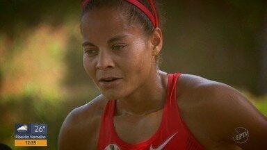 Atleta de Poços de Caldas se prepara para correr a São Silvestre - Atleta de Poços de Caldas se prepara para correr a São Silvestre