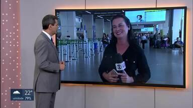 Movimento intenso no Aeroporto JK e na Rodoviária Interestadual de Brasília - Na Rodoviária são esperadas 80 mil pessoas até quarta-feira. Já o aeroporto espera um milhão e seiscentas mil pessoas neste mês de dezembro. Só nesta quinta (27) e sexta-feira (28) a média de passageiros deve chegar a 55 mil.