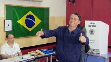 Eleições brasileiras foram marcadas por brigas, discussões e até tentativa de assassinato - Sustos, denúncias, escândalos. Um ex-presidente foi preso. O presidente eleito sofreu um atentado que marcou a mais tensa campanha eleitoral.
