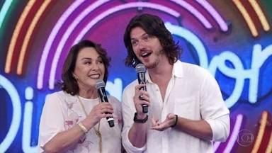 Nívea Maria e Caio Paduan acertam o primeiro desafio do ´Ding Dong´ - A dupla acerta a música ´Baile de Peão´ e Fausto Silva chama ´Chitãozinho e Xororó no palco pra apresentarem a canção.