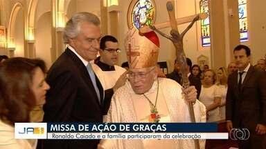 Ronaldo Caiado participa de Missa de Ação de Graças na Catedral de Goiânia - Foi o último compromisso do político antes da posse.